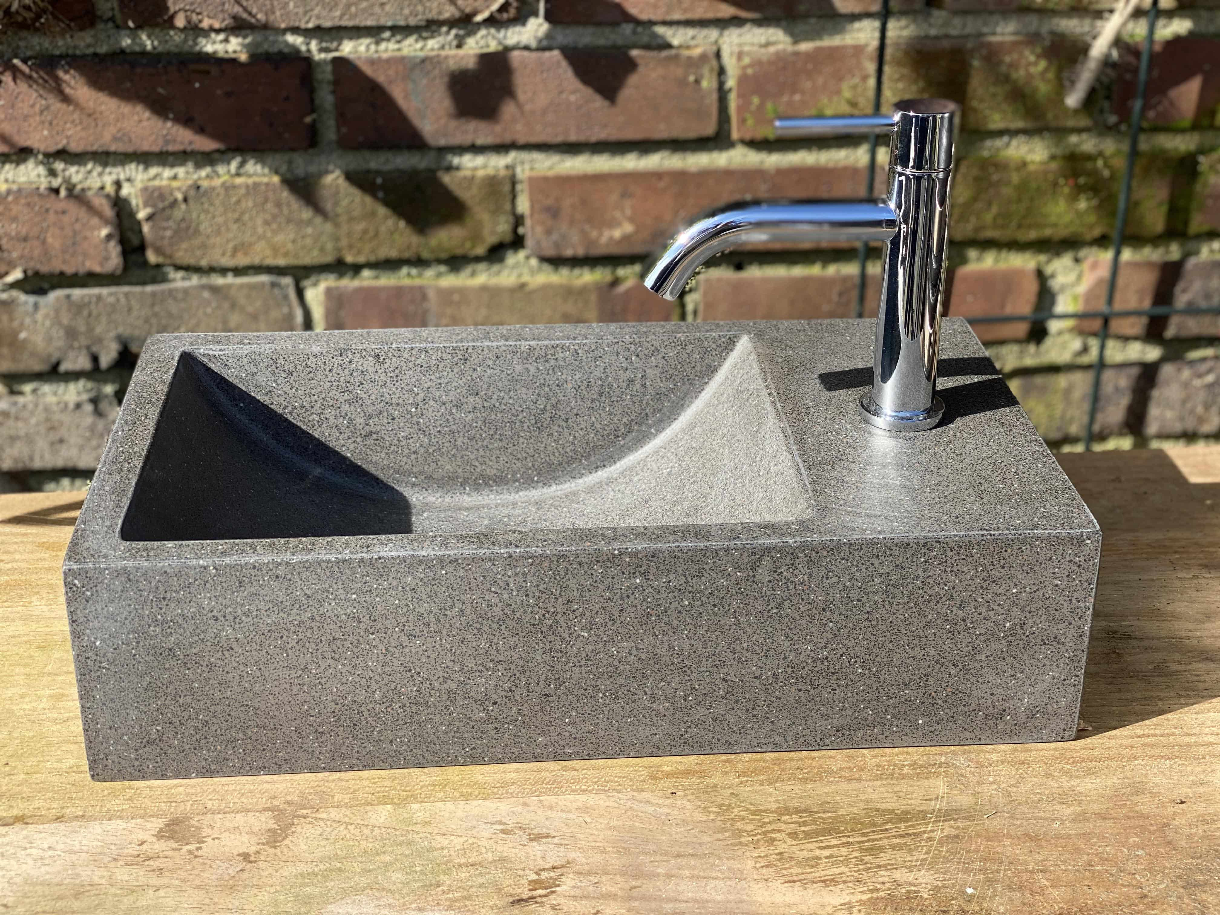 4Goodz fontein polybeton Zwart/Bruin Terrazzo - 40x22x15 cm