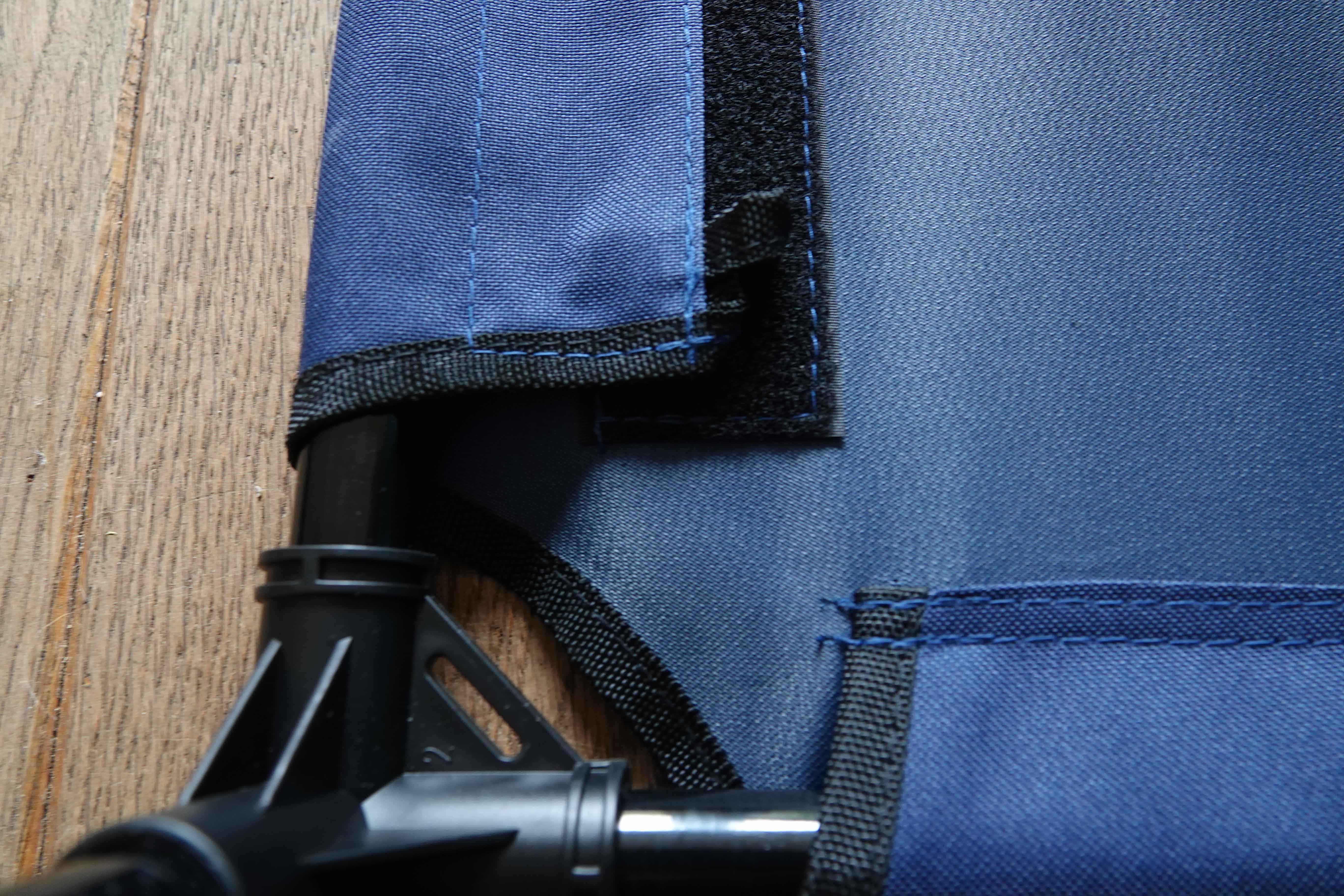 4animalz Kat/hond Ligbed - Ventilerend - Small - 61x46x18cm - blauw
